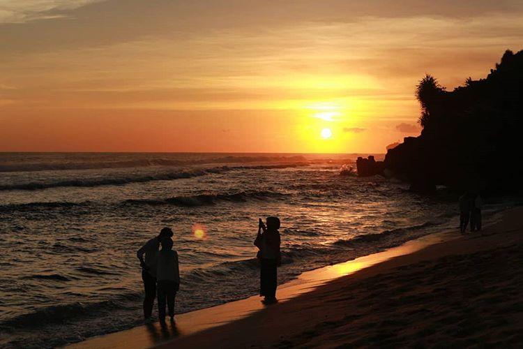 Sunset di pantai Pok Tunggal, sumber ig aawputri