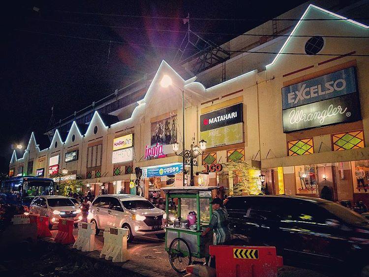 Malioboro Mall, Pusat Belanja di Kawasan Wisata
