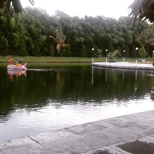 Berburu Kuliner dan Tempat Rekreasi di Banyu Mili Country Club
