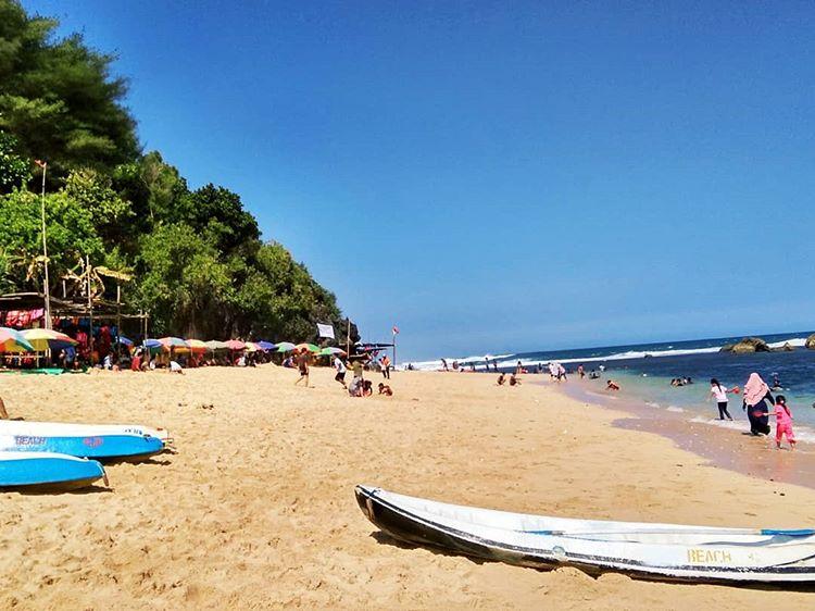 Objek Wisata Pantai Sadranan Jogja Yang Menakjubkan